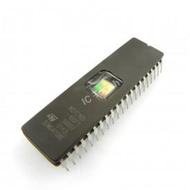 Memória EPROM M27C160-100F1 - DIP-42W - Cód. Loja 1454 - STMicroelectronics