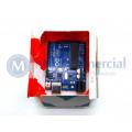 Arduino UNO com cabo USB